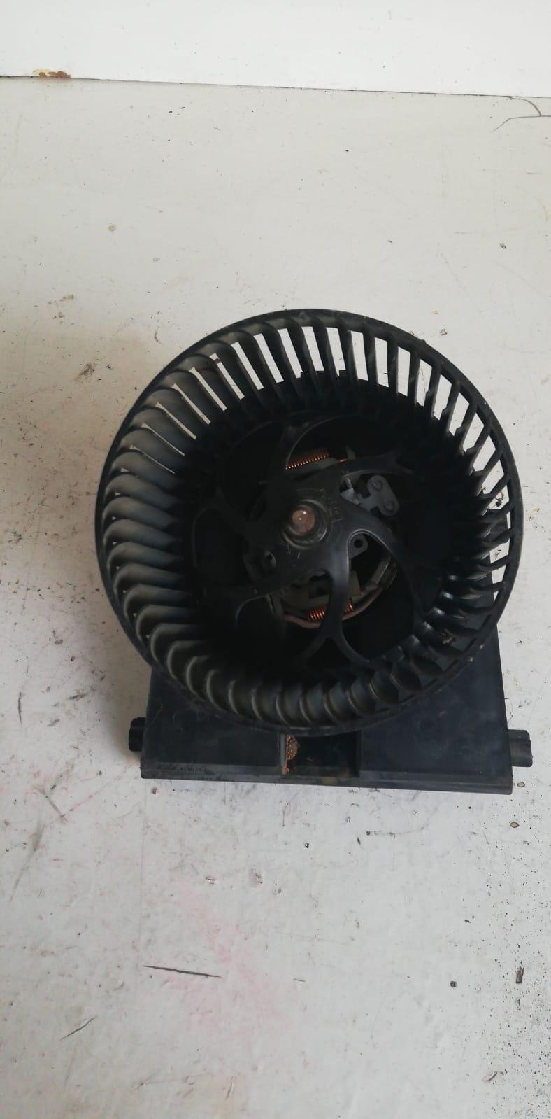 Ventilator habitaclu VW Lupo  (M00376)