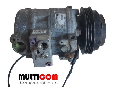 Compresor clima VW Passat cod 8FK351126961